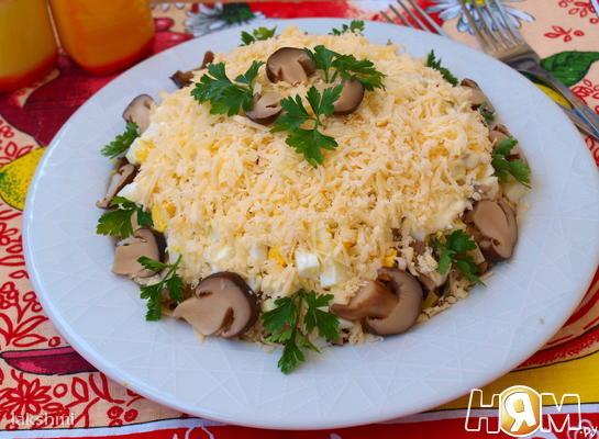 Рецепт Салат с курицей и картофелем