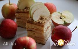 """Торт с яблочным кремом """"Райское яблочко"""""""