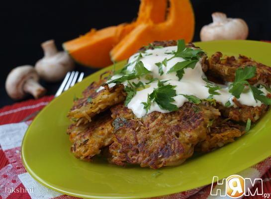 Рецепт Драники из тыквы и картофеля с шампиньонами
