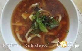 Суп с креветками и кальмаром
