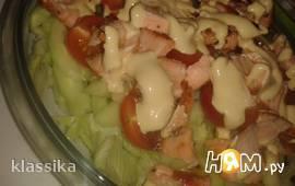 Теплый салат с красной рыбой