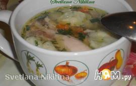 Куриный суп с шпинатными клёцками