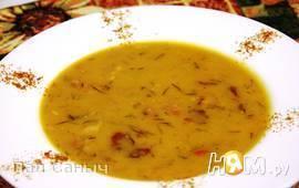 Гороховый крем-суп на копченных ребрышках