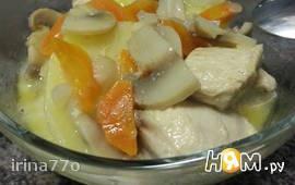 Курица с картофелем и грибами в сырном соусе