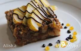 Грушевый пирог с миндалем и шоколадом