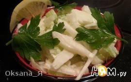 Салат с фенхелем и сельдереем