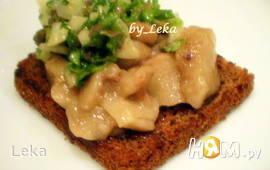 Костный мозг с салатом из петрушки