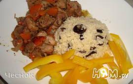 Свинина, тушеная с морковью и луком