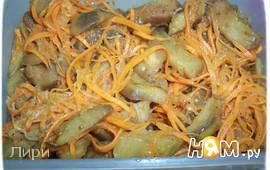 Морковь с баклажанами по-корейски.