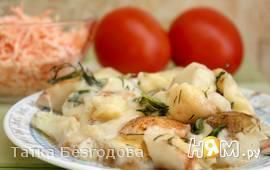 Запеканка картофельная с грушей и беконом