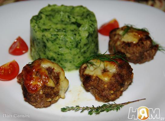 Рецепт Котлеты из говядины с творогом и авокадо