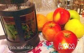 Черный чай с цитрусами, яблоком, мятой и специями