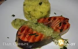 Стейк-гриль из кижуча под ананасовым соусом