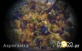 Закуска из алычи с базиликом и чесноком