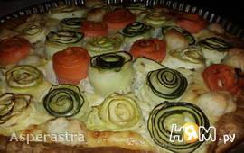 Пирог-букет из цуккини, кабачка и моркови