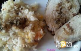 Мясо под томатно-пестовым маринадом с рисом