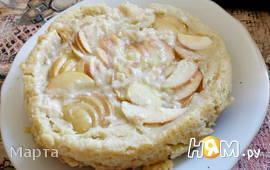 Пирог с яблоками и фруктовым пюре