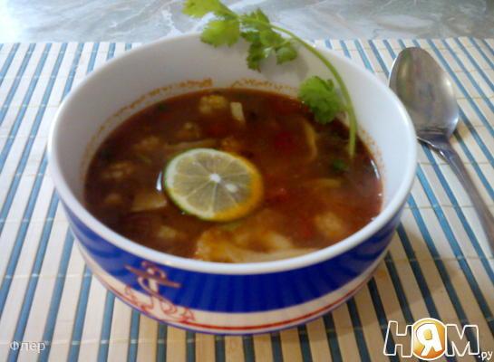 Суп с цветной капустой и морепродуктами