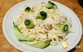 Салат из курицы и блинов