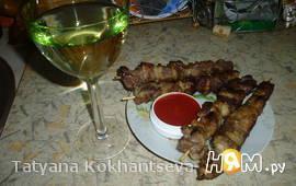 Шашлык в белом вине на сковороде