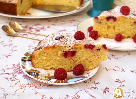 Малиновый пирог на сметане