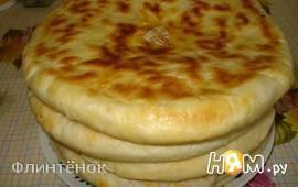 Домашние хачапури с 2-мы видами сыра.
