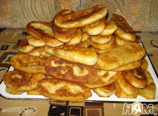 Пирожки с картошкой, луком и острым перцем