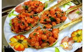 Салат с семгой в японском стиле