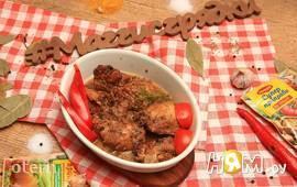 Пряный цыплёнок, томлёный в красном вине