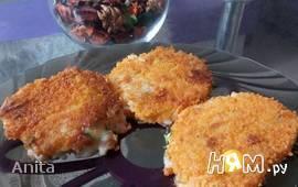Рисовые котлеты с начинкой из печени трески и сыра