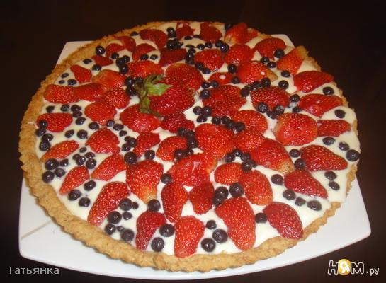 Миндальное корытце  с ягодами