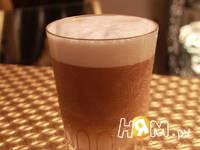Приготовление кофе-латте: шаг 3