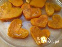 Приготовление тыквенных сердечек с креветками: шаг 3