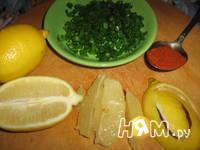 Приготовление салата с креветками и творогом: шаг 3