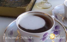 Чай с бальзамом и сливками