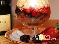 Приготовление ягод в желе из шампанского: шаг 2