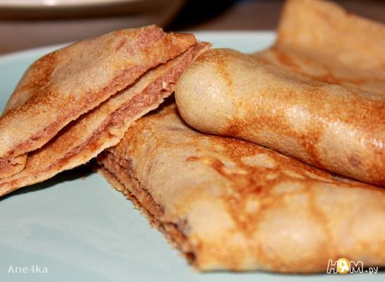 Ржаные блины с ореховой пастой