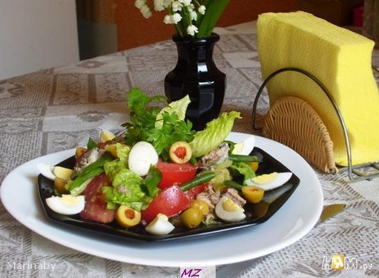 Салат нежный с сайрой