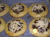 Приготовление картофельных ватрушек с грибами: шаг 14
