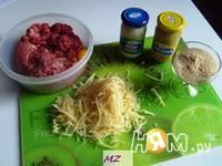 Приготовление салата Мясные шарики: шаг 2
