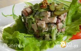 Салат с копченой куриной грудкой
