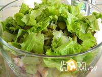 Приготовление салата с копченой куриной грудкой: шаг 2