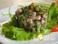 Приготовление салата с копченой куриной грудкой: шаг 5