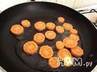Приготовление теплого салата Весеннего: шаг 2