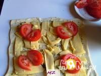 Приготовление треугольников с сыром: шаг 3