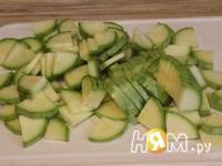 Приготовление кабачков с сыром Дор блю: шаг 1