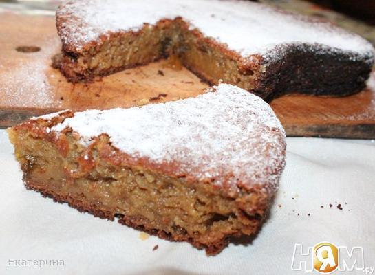 Пирог с фруктами и вареньем