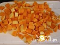Приготовление тыквы запеченной с орехами и сыром: шаг 1