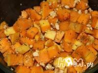 Приготовление тыквы запеченной с орехами и сыром: шаг 4