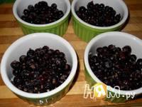 Приготовление ягодного крамбла с овсянкой и орехами: шаг 5